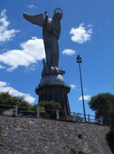 Pancillo Status overlooking Quito